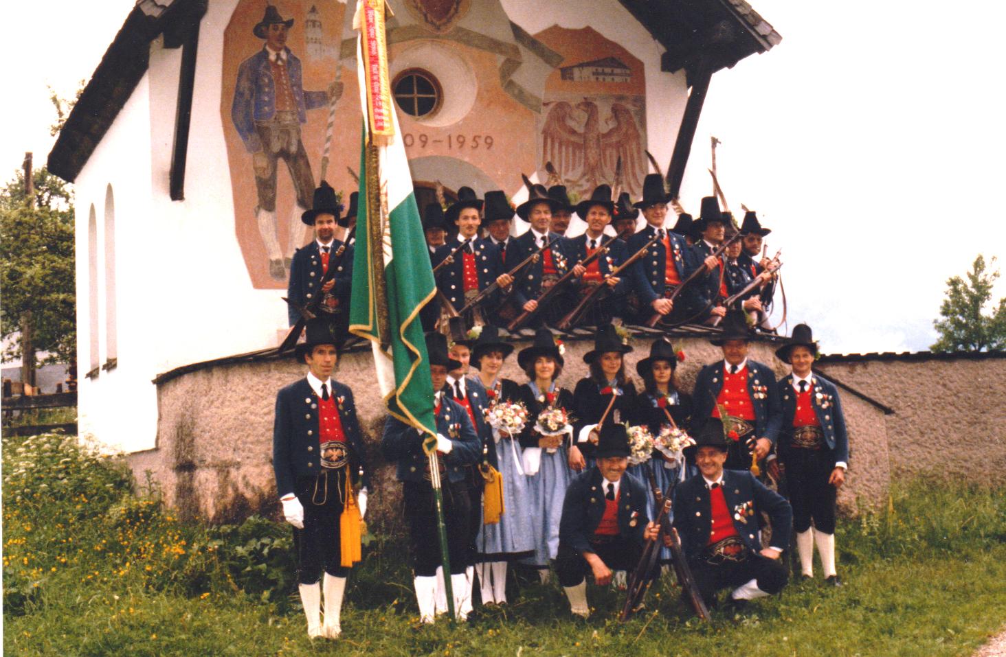 Schützenkompanie Gnadenwald in den 80iger